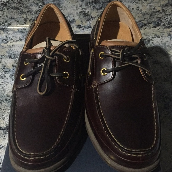 Sperry Shoes | Nwt Gold Boat | Poshmark